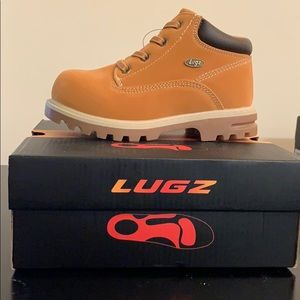 Brand new! Lugz Water Resistant Kids Winter Boots